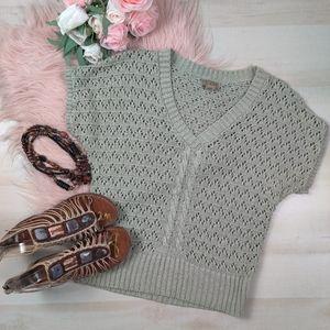ART & Soul sage square cut chrochet sweater